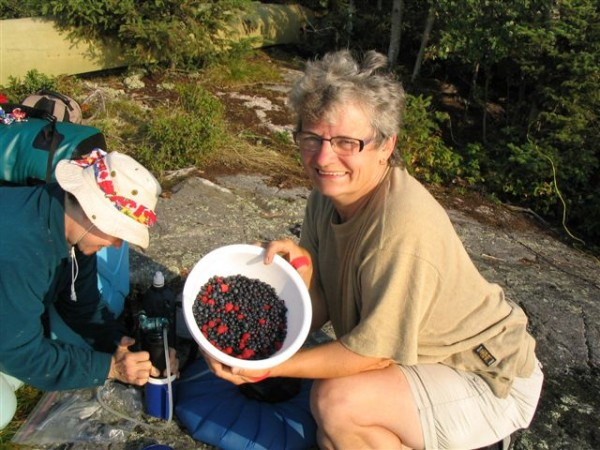 Wild berries for breakfast on Women and Waves canoe trip