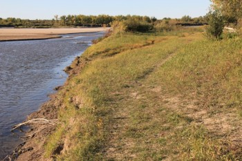 Whitecap Park trails along the South Saskatchewan River