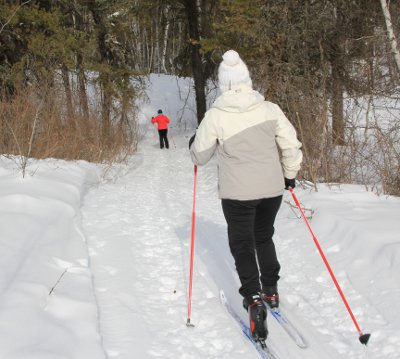 Skiers on Eb's Trails